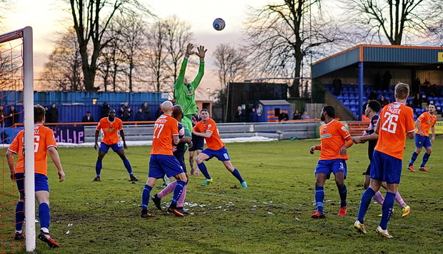 Underdogs Dulwich Hamlet grab draw at Braintree FC - in photos, Saturday 4th February 2017