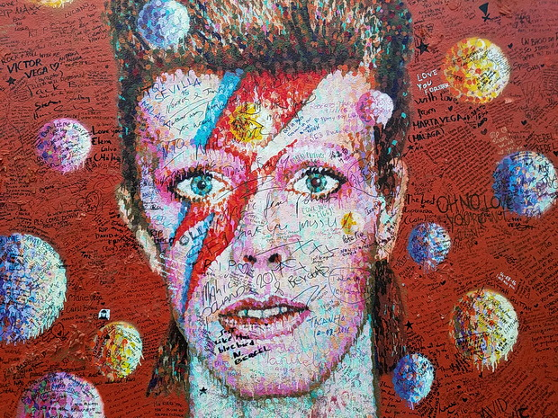 Brixton's David Bowie shrine - photos of tributes left during December 2016