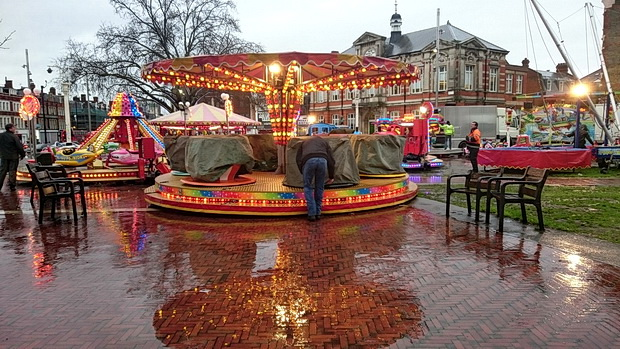 Wet scenes in Windrush Square - Brixton's Christmas Fair leaves town for another year, 3rd January, 2016