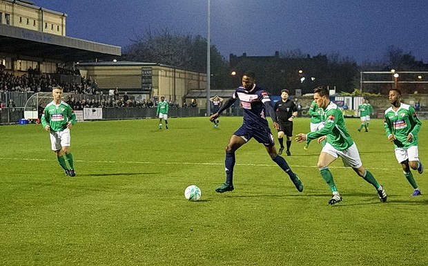 Lacklustre Dulwich Hamlet scrape a 1-1 draw with the evil empire of Leatherhead, Tues 4th April, 2017
