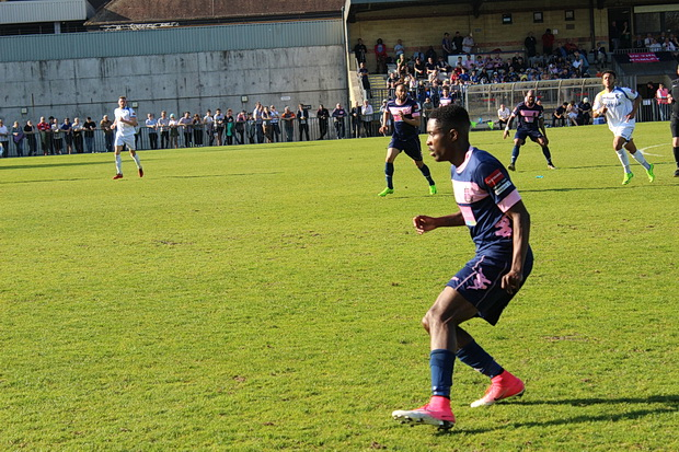 Dulwich Hamlet head for a play off spot with 3-1 victory over Lowestoft, Saturday 8th April 2017