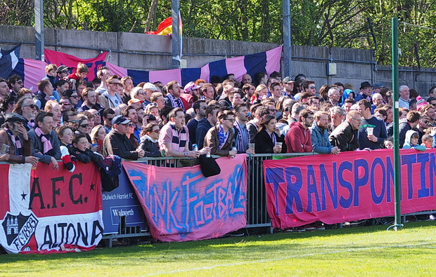 Record breaking crowd sees Dulwich Hamlet push for play offs with nil-all draw against league leaders Maidstone, Sat 18th April, 2015