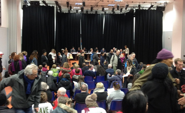 Lambeth Council agrees to bulldoze Cressingham Gardens as lively Cabinet meeting ends in absolute farce