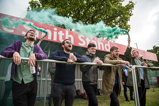 In photos: smoke bombs and fans united as Peckham Town beat Somaliland 4-0, Saturday 6th May 2017