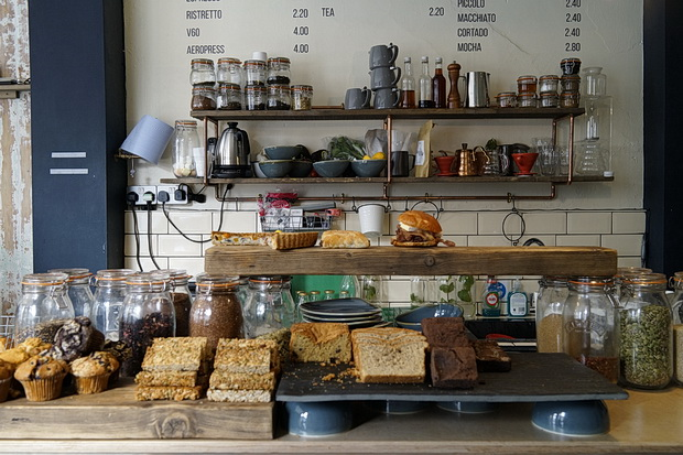 Review: Stir Coffee, Brixton Hill: great coffee, nice decor, but pricey, April 2016