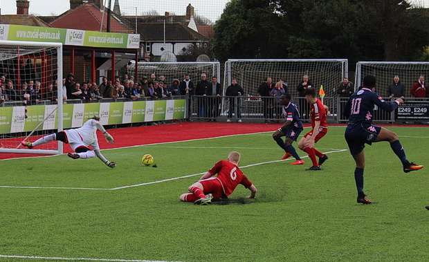 Dulwich Hamlet grab all three points on Worthing's red and green fake pitch, Saturday 4th March 2017