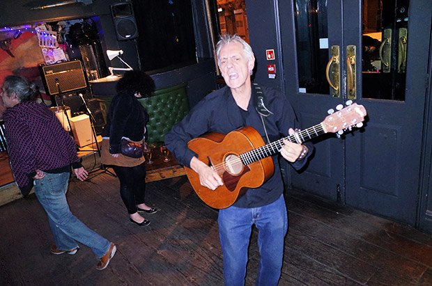 A rambunctious evening at the Queens Head Tuesday open mic night