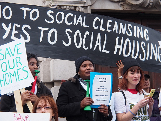 Cressingham Gardens campaigners to march again on Sat 25th October