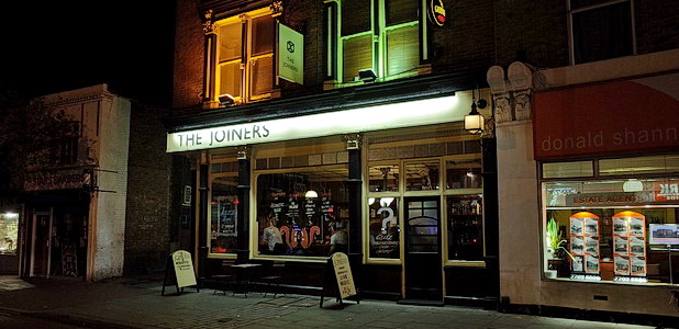 Last Wednesday, we ventured east along Coldharbour Lane down to grab a couple of pints in the Joiners Arms in Denmark Hill. It's long been one of our favourite pubs […]