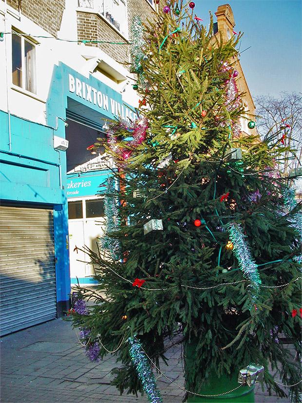 Christmas past in Brixton - balloons, Santa and a juvenile paradise