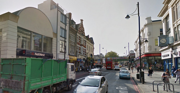 Brixton Road expected to break the EU pollution limit for ALL of 2015 this week