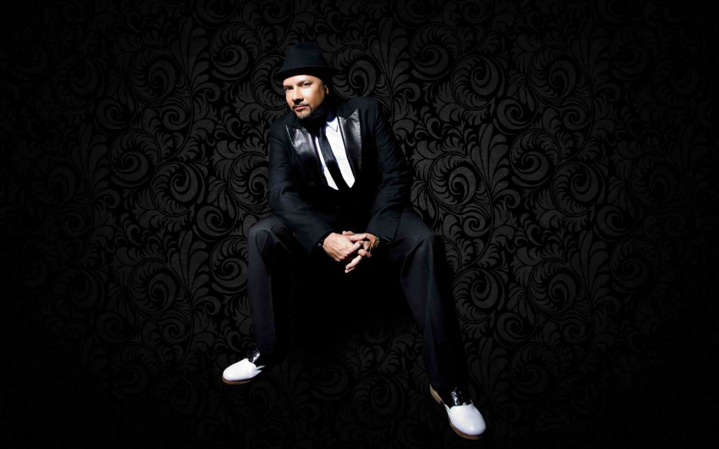 LOUIE VEGA NEW PROMO SHOT.s