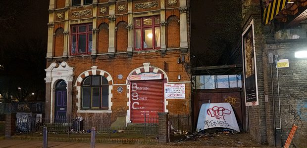 With Lambeth Council and Thames Water seemingly incapable of attending to the sizeable water leak that had been escaping from the abandoned Carlton Mansions building on Coldharbour Lane, the Fire […]