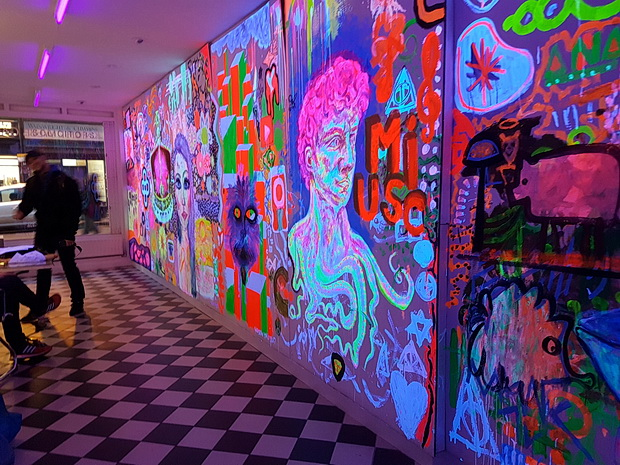 Synthesis brings a fluorescent glow to Brixton's Knight Webb Gallery